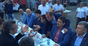 CHP Başakşehir İlçe Örgütü Şahintepe'de Sokak İftarı Yaptı
