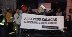 CHP İstanbul İl Başkanlığı Önünde Albatros Parkı Eylemi