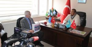 Doğu Türkistan Derneğinden Dombra Kursu