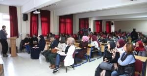 Ebru Sanatında Renklerin Ve Sembollerin Önemi
