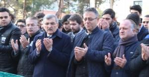 Ercan Ergül'ün Evlat Acısı Yürekleri Dağladı