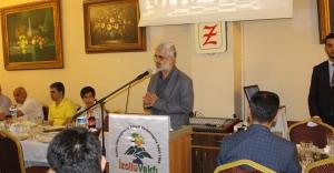 İzollu Vakfı Bursiyerlerini İftar'da Ağırladı