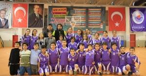 Kağıthane'de Spor Şenlikleri Başladı