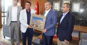 Mardinliler Derneği Murat Aydın'ı Ziyaret Etti