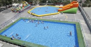Portatif Havuzlarda Yaz Eğlencesi