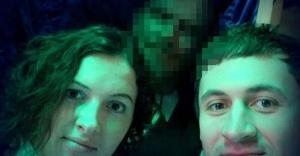 Rusya'da yeni akım: Ölülerle selfie