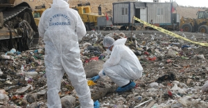 Şehir Çöplüğünde Ceset Bulundu