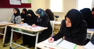 Ücretsiz Arapça Kurslari Devam Ediyor