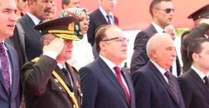 Validen HDP'li başkana fırça!