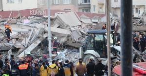 Zeytinburnu'nda 56 Dairelik Bina Yerle Bir Oldu