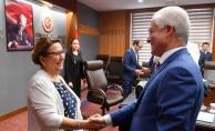 """Ticaret Bakanı Pekcan: """"İşbirliği içerisinde çalışacağız."""