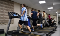 Küçükçekmece Belediyesi spor tesis sayısını hızla artırıyor.