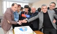 Çalık, Beylikdüzüspor'un şampiyonluğunu sporcularıyla kutladı