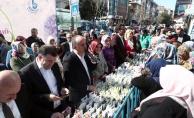 Kadınlar Günü'nde Bağcılar sokakları sümbül koktu