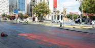 Bugün İstanbul'un önemli caddelerinden...