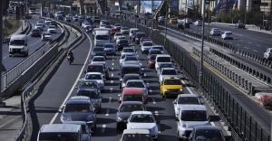 İstanbul'daki Yol Çalışması Trafiği Tıkadı
