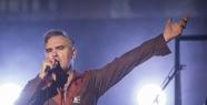Morrissey İstanbul konserinde et ürünleri...