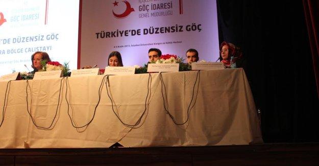 Türkiye'de Düzensiz Göçmenlerin Entegrasyonu İçin Düğmeye Basıldı