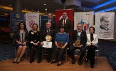 Başkan Genç'e 'Üstün Hizmet Ödülü' Verildi