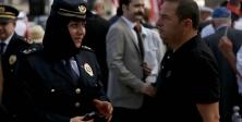İlk kez kadın emniyet müdürü törene başörtülü katıldı