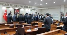 Başaşkşehir Belediye Meclis toplantısına kan bulaştı