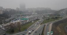 Dört Gişe Kapatıldı Tem'de Trafik Felç Oldu