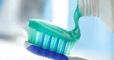 Diş macunundaki gizli tehlikeler