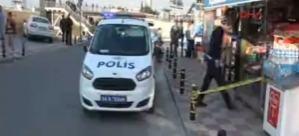 Metrobüs durağında silahlı saldırı