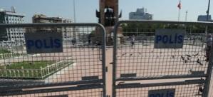 Polis, Gezi Parkı'na girişe izin vermiyor