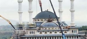 Saray'daki cami bugün açılıyor