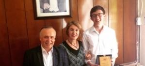Saygılı ve Altun'a Prof.Doğan'dan plaket