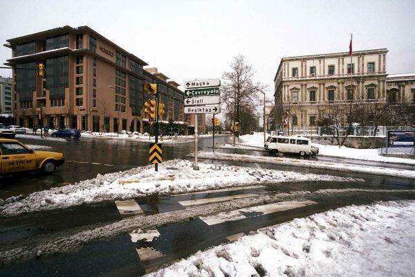90 larda İstanbul'da karlı günler