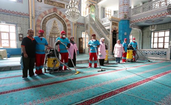 Gaziosmanpaşa Camileri Ramazan'a Hazırlanıyor