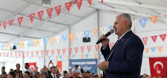 Başbakan'dan Kılıçdaroğlu'na 'yürüyüş' çağrısı