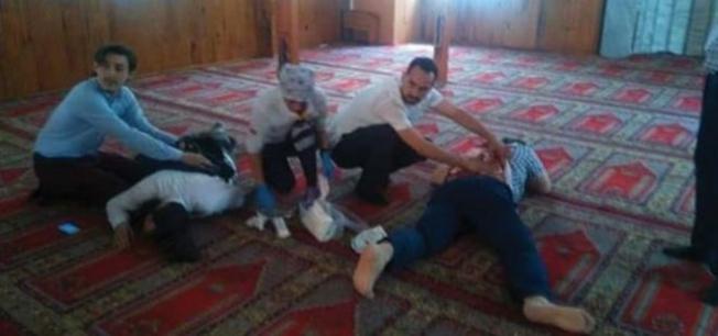 İstanbul Pendik'te bıçaklı saldırgan camide dehşet saçtı