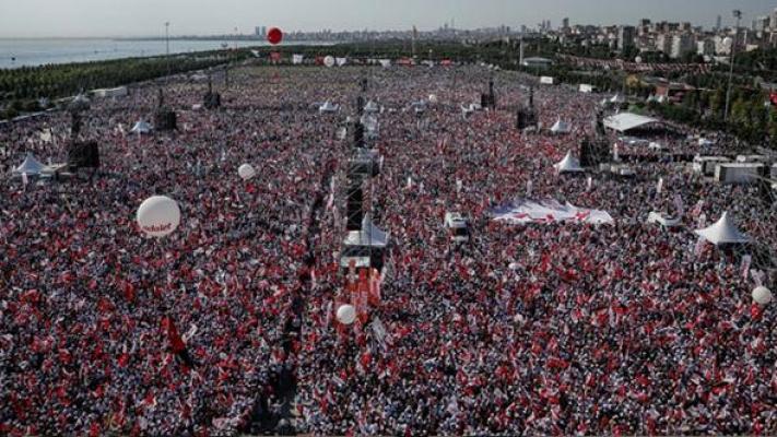 CHP Tarihinin en kabalık Mitingini yaptı