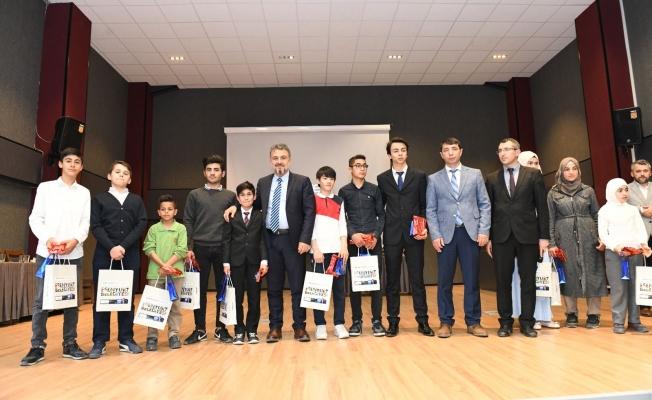 Kuran-ı Kerim'i en güzel okuyan öğrencilere ödül