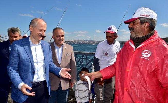 """Tarihi Yarımada Fatih Balık Festivali'nde """"Rastgele"""" yarışması"""