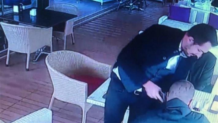 Ataşehir'de baba kızına şantaj yapan kişiyi vurdu