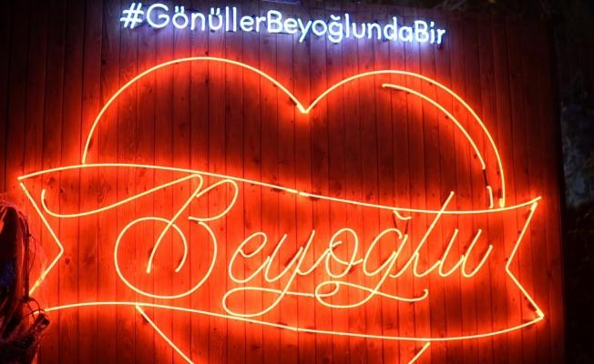 Beyoğlu'nun Aşkları Galata Kulesi'ne Yansıyacak