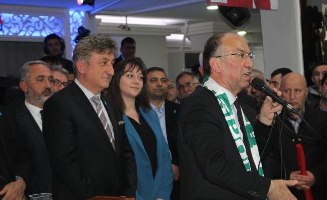 Dr.Adil Emecan Büyük Giresunlular buluşmasında coştu
