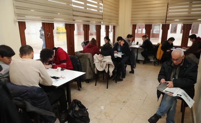 """Sınavlara hazırlanan gençlerin yeni mekanı """"Millet Kıraathaneleri"""""""