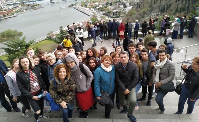 Avrupalı Öğrenciler Gürlek Nakipoğlu Anadolu Lisesinde