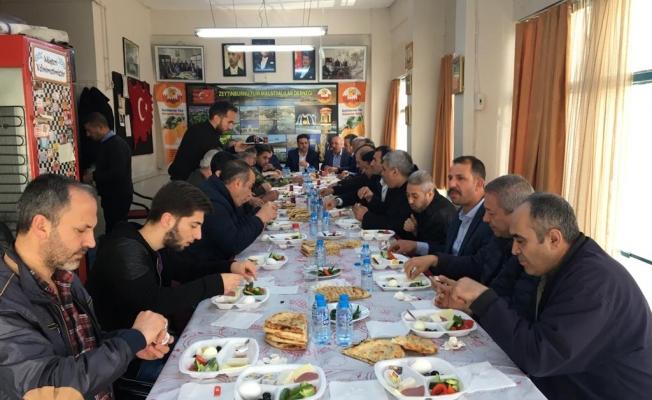 Malatyalılar Kongreden sonra Kahvaltılı toplantı yaptı