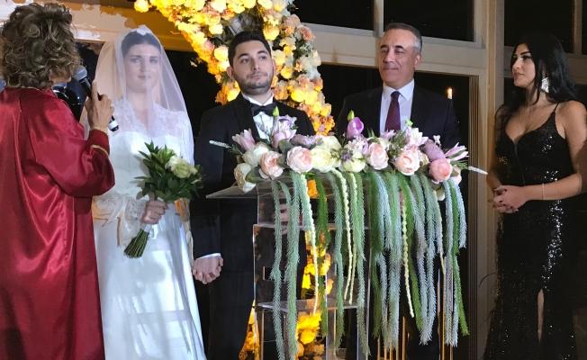 Esra ve Kaan Evlendi