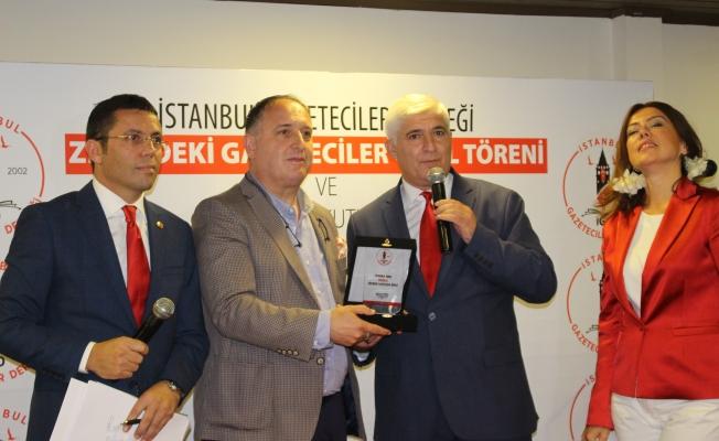 """İstanbul Gazeteciler Derneği """"Yılın enlerini ödüllendirdi"""