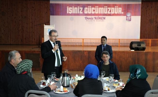 Başkan Deniz Köken, Eyüpsultan'ın Garsonlarıyla Buluştu