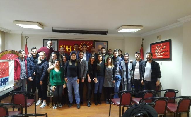 CHP Zeytinburnu'nda Gençlik Yeniden Dursun'a Emanet!