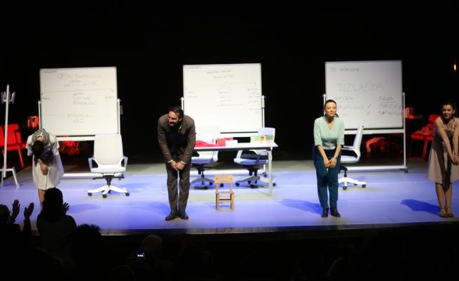 İBB Şehir Tiyatroları Maltepe'de Sahne Aldı