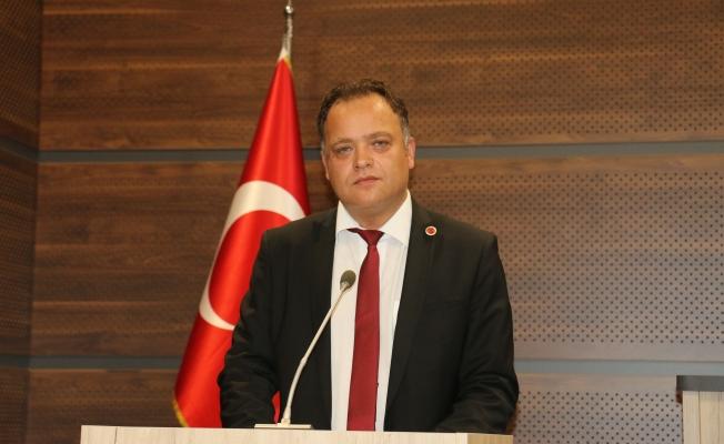 MHP'li Gökhan Arslan'dan milliyetçilik dersi...Güngören Belediye Meclisi karıştı